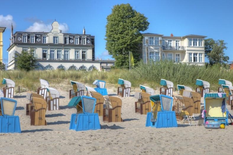 Aussenansicht_-_Romantik_Strandhotel_Atlantic__Seetel_Hotel_
